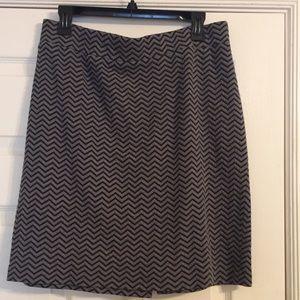 Dresses & Skirts - Gray & Black Chevron Print Skirt